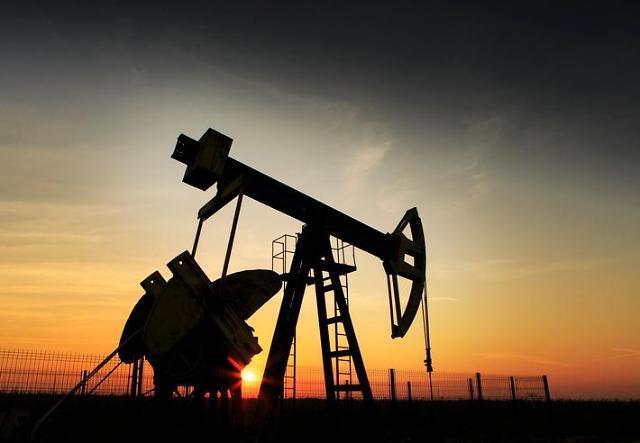 [석유시장 동향] 감산 지속에도 공급과잉 지적···불확실성 커지는 글로벌 수요
