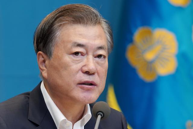 文대통령, 오늘 與 지도부와 첫 공식 상견례…당청 협력 관계 논의
