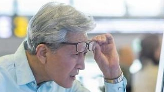 Khảo sát cho thấy người lớn tuổi tại Hàn Quốc không thích sử dụng máy đặt đồ ăn tự độngav