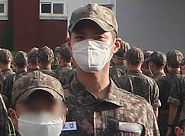 [포토] 박보검, 해군 입대 근황 사진 공개