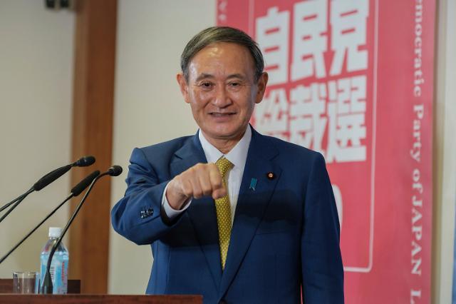 [슬라이드 뉴스] 日 새 총리 스가, 과거 망언 모아보니…