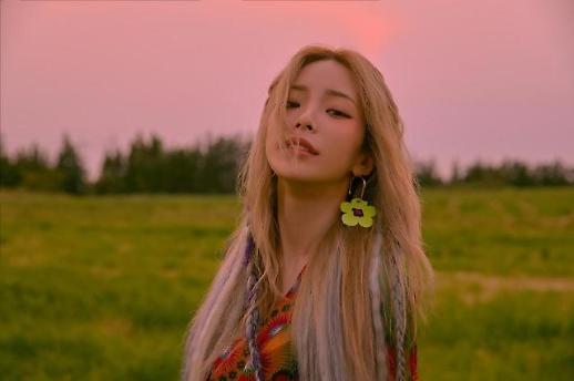 歌手Heize签约鸟叔公司 与 Jessi泫雅同吃一锅饭