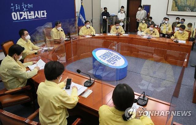 """보궐선거 준비나선 野…""""민심 얻어도 모자랄 판에"""" 속타는 與"""