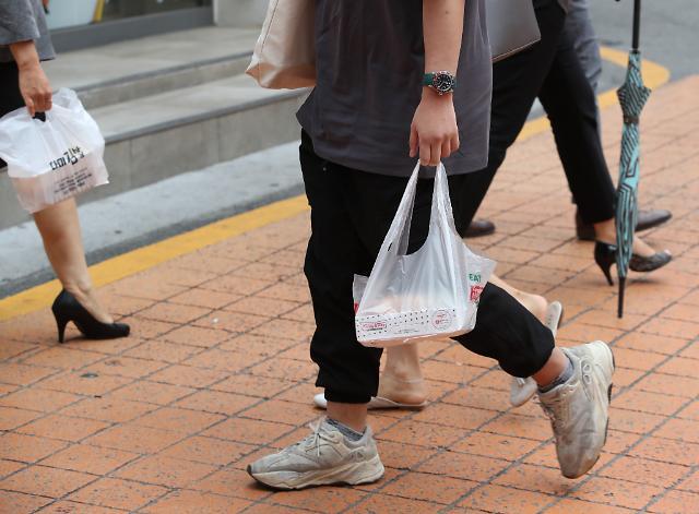 [슬라이드 뉴스] 코로나19 또 다른 후유증? 쓰레기의 습격