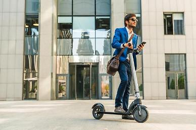 .Jeju airport offers unmanned electric scooter rental service for tourists.