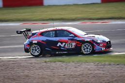 現代自動車のNラインアップ、「ニュルブルクリンク24時耐久レース」に総出動