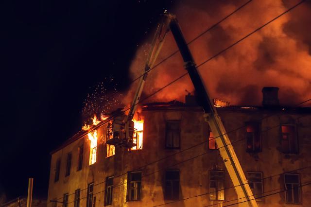 인천 자동차 부품 도장공장서 화재..인명피해 없이 불길잡혀