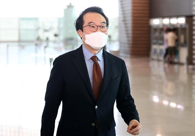 美출장길 오른 이도훈...비건과 북핵수석대표 협의