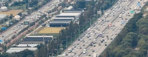 고속도로 정체구간 증가…</br>서울-부산 6시간 54분 소요