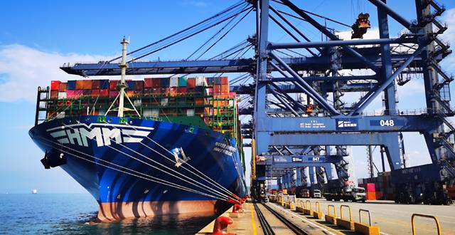 HMM, 2만4000TEU급 세계 최대 컨테이너선 12척 모두 '만선 출항'
