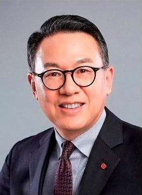 """롯데, 신동빈-송용덕-이동우 체제 구축…""""투자하고 싶은 회사 만들 것"""""""