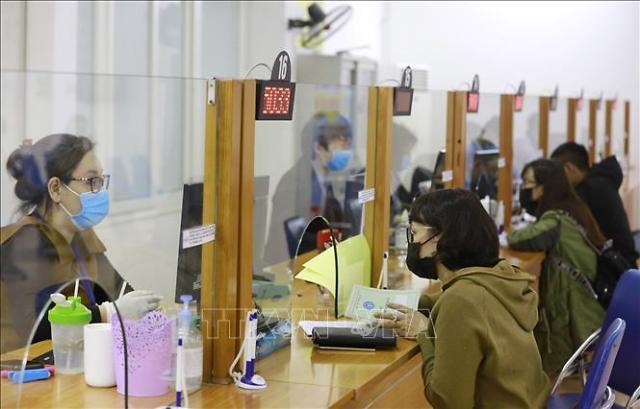 베트남, 실업률 10년만에 최고치...3000만 직·간접 영향