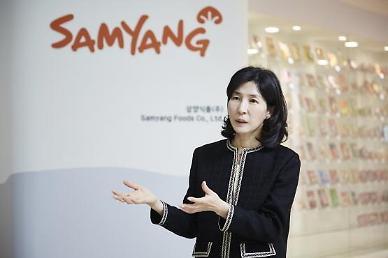 '불닭시리즈' 주역 김정수 삼양식품 사장, 총괄사장으로 경영 복귀