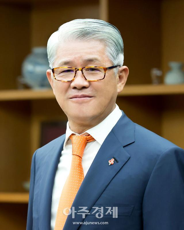 검찰, SK네트윅스 최신원 비자금 의혹 SK텔레시스 전직 임원 소환조사