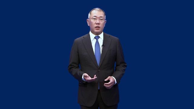 정의선 현대차그룹 회장, 혁신 위한 선결 과제 '지배구조개편'·'중국실적회복'