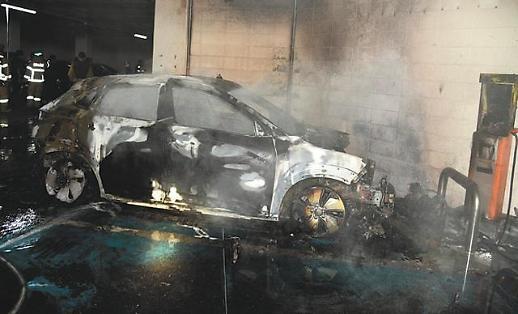 电动车自燃事故频发 韩动力电池厂商陷质量危机