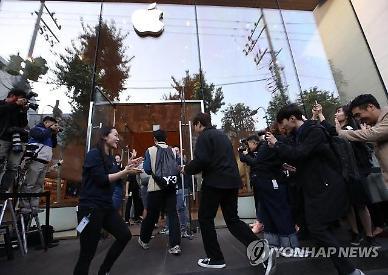 아이폰12 출시일 줄 못세워요... 이통3사‧애플, 비대면 마케팅 고민