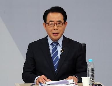 [단독] 文대통령, 재외동포재단 신임 이사장에 김성곤 내정