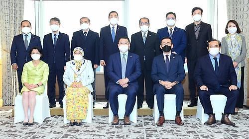 韩国副外长会晤东盟十国驻韩国大使