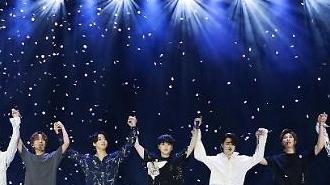 BTS lần thứ 4 giành giải Nghệ sĩ mạng xã hội hàng đầu tại Billboard Music Awards