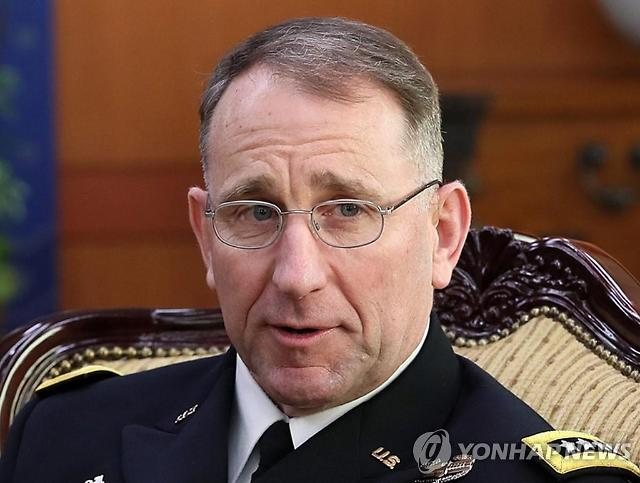 에이브럼스 사령관, 미국 다녀온 후 자가 격리...서욱 장관은 업무 복귀
