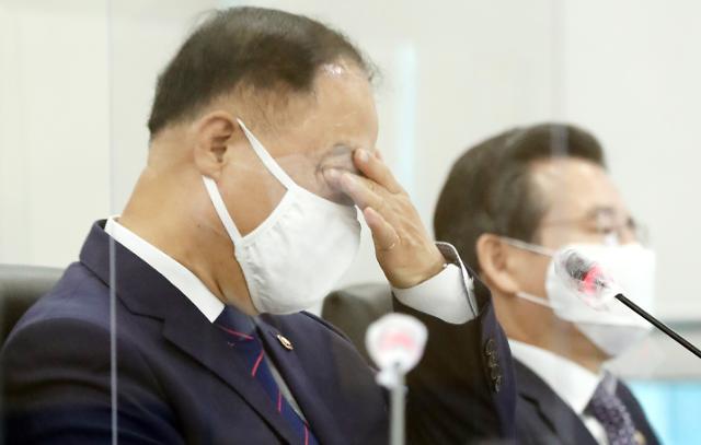 홍남기 전세난 불똥튄 공인중개사들…정부, 계약갱신청구 명시 강행
