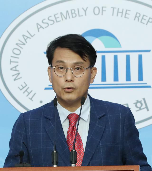 총선개입 함바왕 유상봉 부자·윤상현 보좌관 오늘 첫 재판