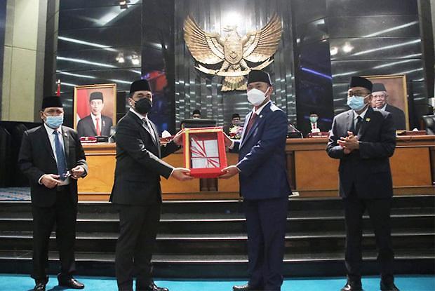 [NNA] 印尼 자카르타 의회, 코로나 관련 조례 제정