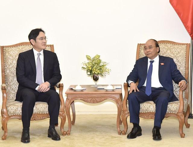 李在鎔副会長、フック首相と会談…ベトナムをサムスンR&Dの拠点に作る