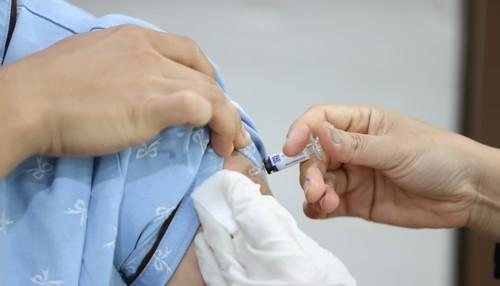 Báo động số ca tử vong do tiêm vắc-xin cúm tại Hàn Quốc chỉ trong 1 tuần…Ghi nhận trường hợp thứ 11