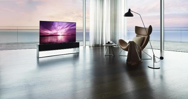 [브랜드이야기-LG 시그니처] 1억원대 롤러블 TV까지…혁신을 거듭하다