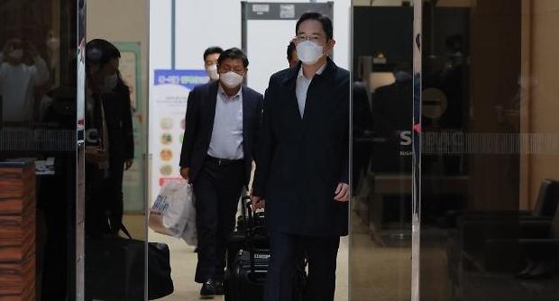 [포토] 귀국하는 이재용 삼성전자 부회장