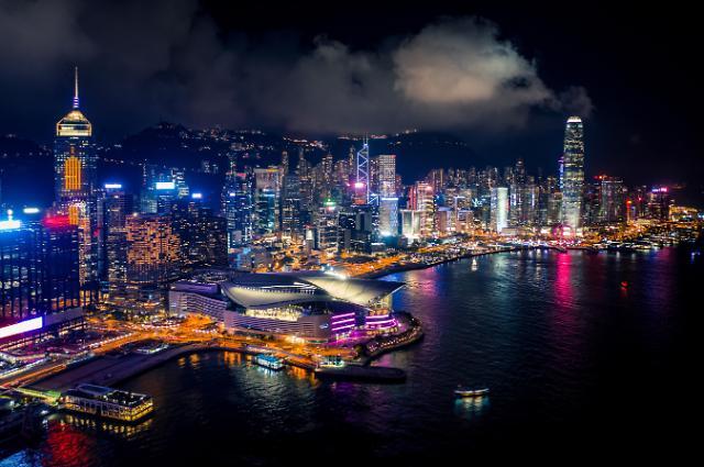 코로나19로 바닥친 홍콩 경제.. 3분기부터 회복