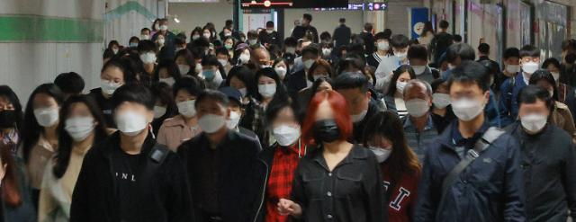 서울 코로나19 신규확진 52명…핼러윈발 재확산 우려