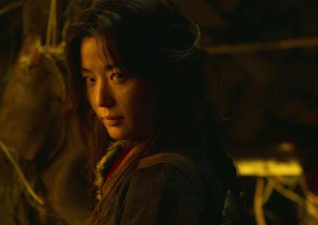Actress Jun Ji-hyun to play main role in spin-off of zombie thriller drama