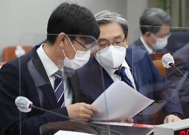 """김상조 靑정책실장 """"전세난, LH·SH 통한 물량 확대 검토…기다려달라"""""""