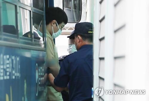 미성년자 성폭행 혐의 왕기춘 9년 구형···유도계 퇴출까지