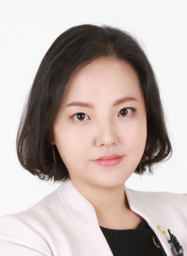 [법조산책] 인권 침해 위에 세워진 아이돌 왕국