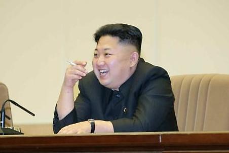 朝鲜颁布禁烟法令,金正恩要戒烟了?