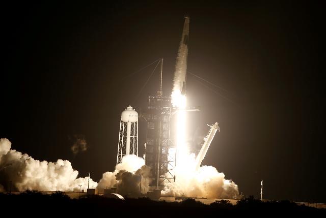 [포토] 스페이스X, 유인우주선 리질리언스 발사 성공