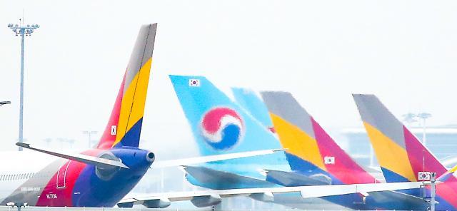 대한항공-아시아나 인수 시작부터 난관...3자연합·노조 반발 넘어야