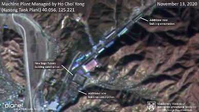 北 김정은, ICBM 이동식 발사차량 공장 증축...軍 킬체인 무력화 우려