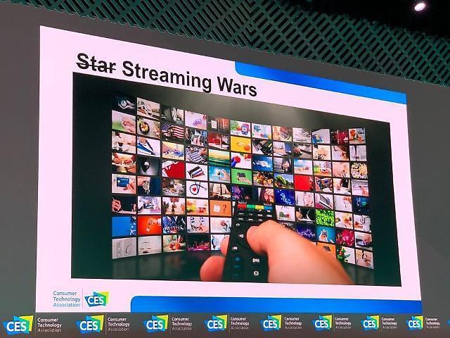 """""""TV 산업, 넷플릭스 같은 소비자 직접 판매 방식이 대세가 될 것"""""""
