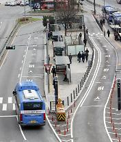 ソウル市、24日から22時以降のバスを8割のみ運行・・・地下鉄は27日から