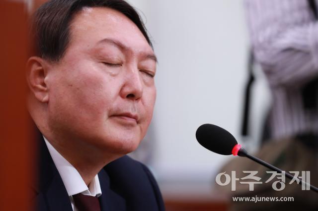 [속보] 추미애 윤석열 검찰총장 직무배제