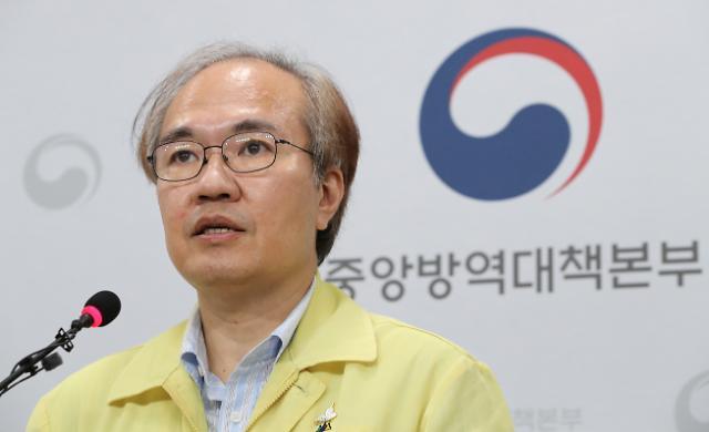 """[코로나19] 권준욱  """"국내 백신 후보 3종, 연내 임상시험 착수 가능"""""""