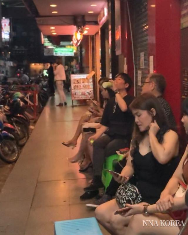 【아시아 익스프레스】힘든 나날이 계속되는 밤의 여성들