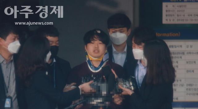 [속보] 성착취물 제작·유포 박사방 운영자 조주빈 징역 40년 선고