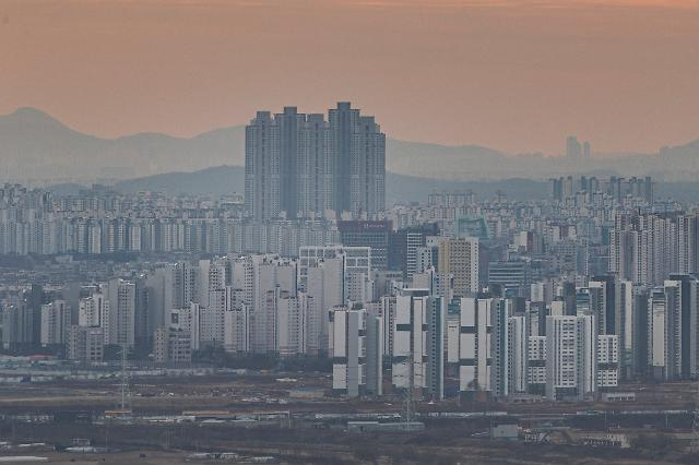 재건축 기대감 강남3구 집값 꿈틀…강남, 8주만에 상승세 전환