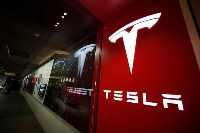 테슬라, 미국 시가총액 '6위 기업' 올라섰다